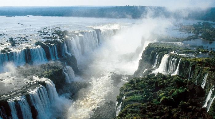 A Lenda das Cataratas Você conhece a lenda por trás dessa beleza natural cataratas