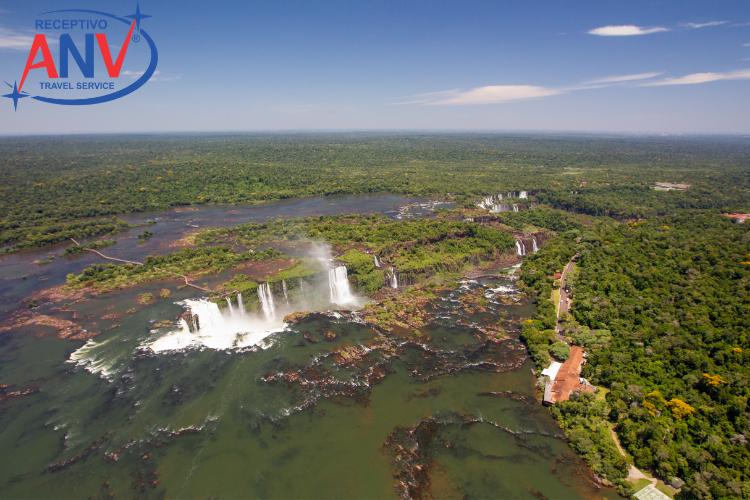 Parque Nacional do Iguaçu, imagem aérea das Cataratas do Iguaçu