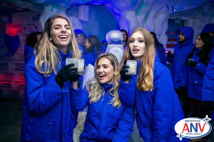 Garotas no gelo - O que fazer em Foz do Iguaçu a noite Confira essas dicas!