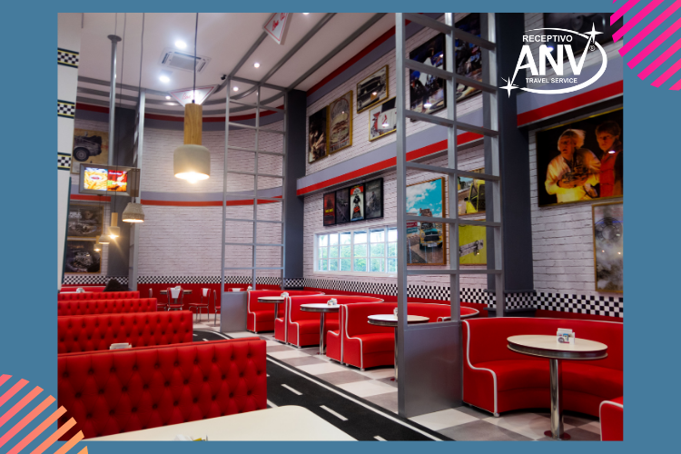 Hamburgueria e restaurante do Movie Cars.